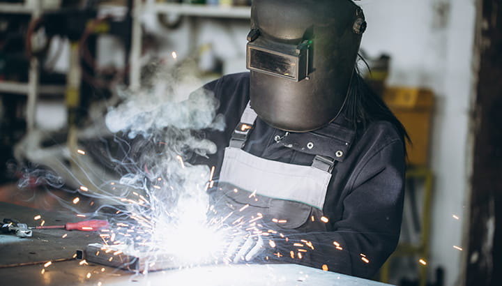 Welding dust and fume extraction